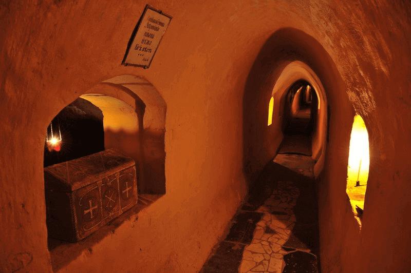 Kiev Gezilecek Yerler 7: Pechersk Lavra - Mağaralar Manastırı » www.hellofromworld.com