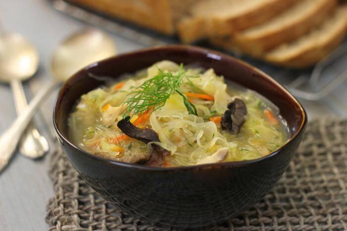 Kiev'de Ne Yenir? Kiev Meşhur Yiyecekler Nelerdir? Kiev'de yeme içmeye ne kadar harcanır? Kiev Yemek Fiyatları Nedir? Kiev Detaylı Yeme İçme Notları